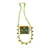 Necklace with green diamond shaped beads