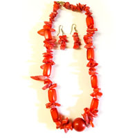 Necklace with orange color beads